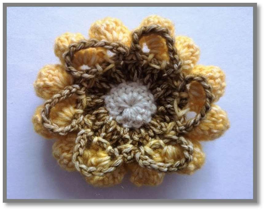 Мотив цветка крючком