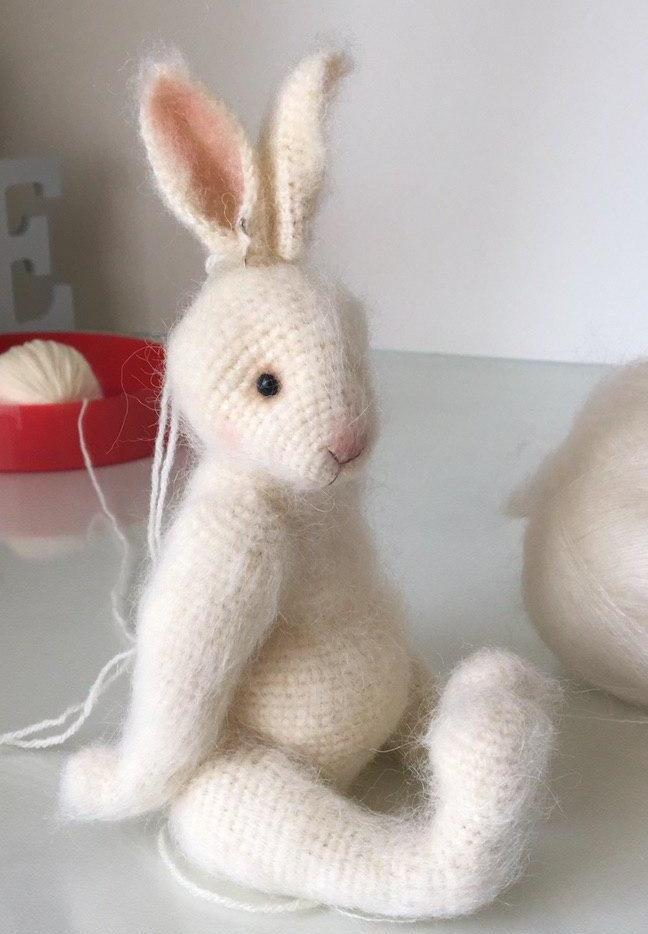 """Кролик крючком описание из """"Алиса в стране чудес"""""""